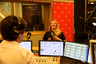 Phoebe Lee - Brisbane - ABC Radio with David Curnow