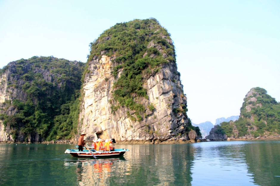 Boat ride in Vietnam Halong Bay