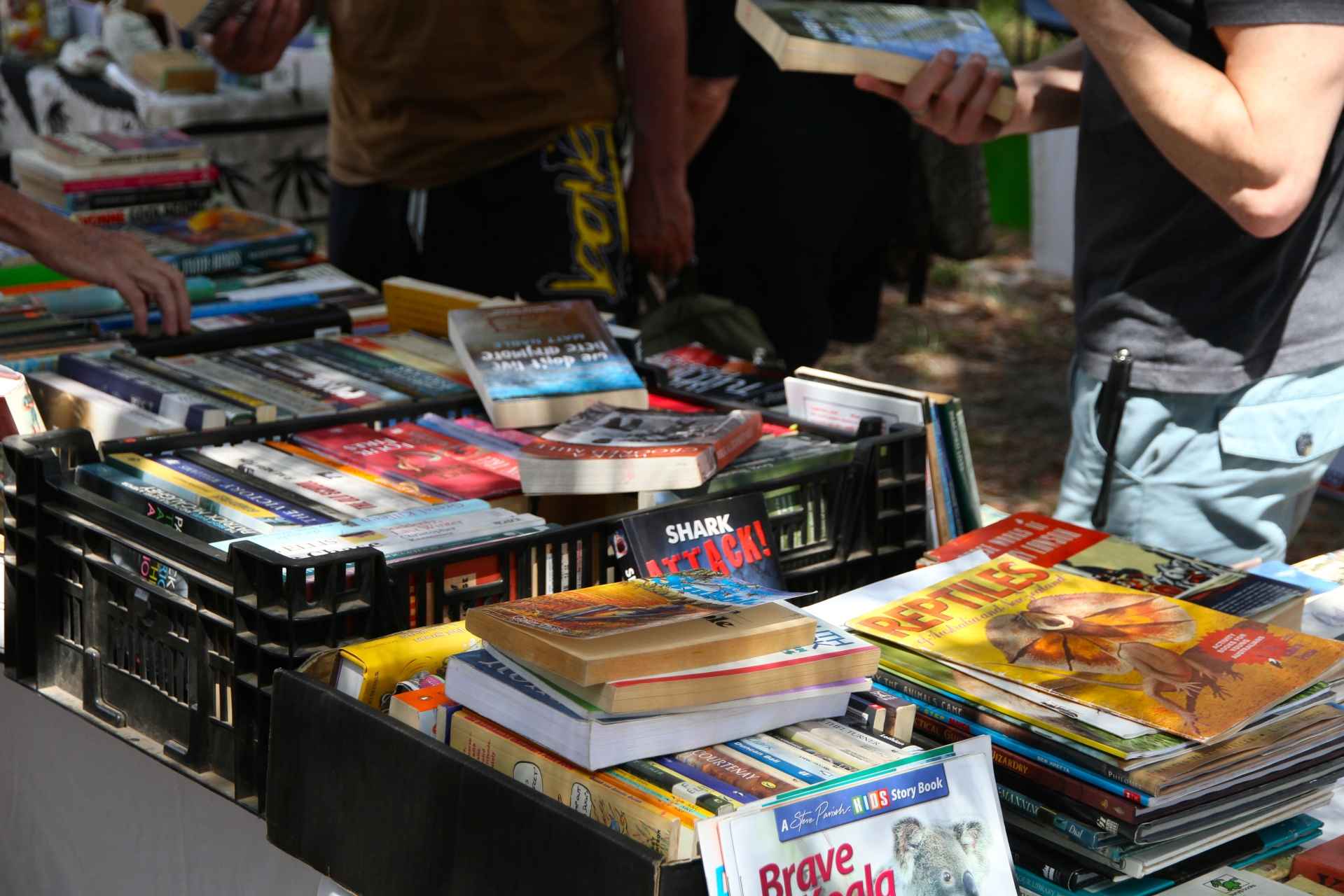 Second hand books Discovery Markets