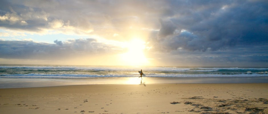 Sunrise at the beach Tips for staying healthy while you travel