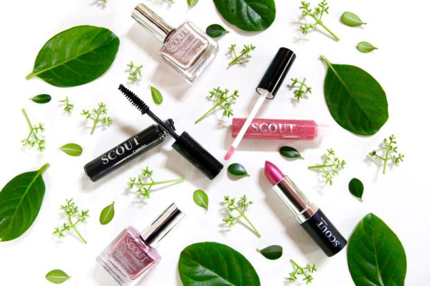 Scout Cosmetics Metallic Heart Collection Makeup Travel Beauty Favourites Essentials Travel Blog