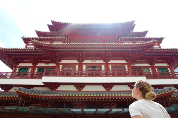 buddha tooth relic temple Singapore travel blog