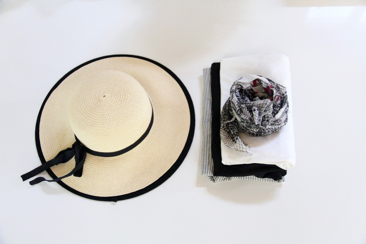 The best way to pack hats