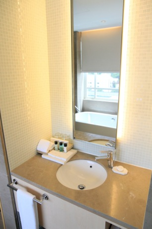 Rendezvous hotel singapore travel blog review