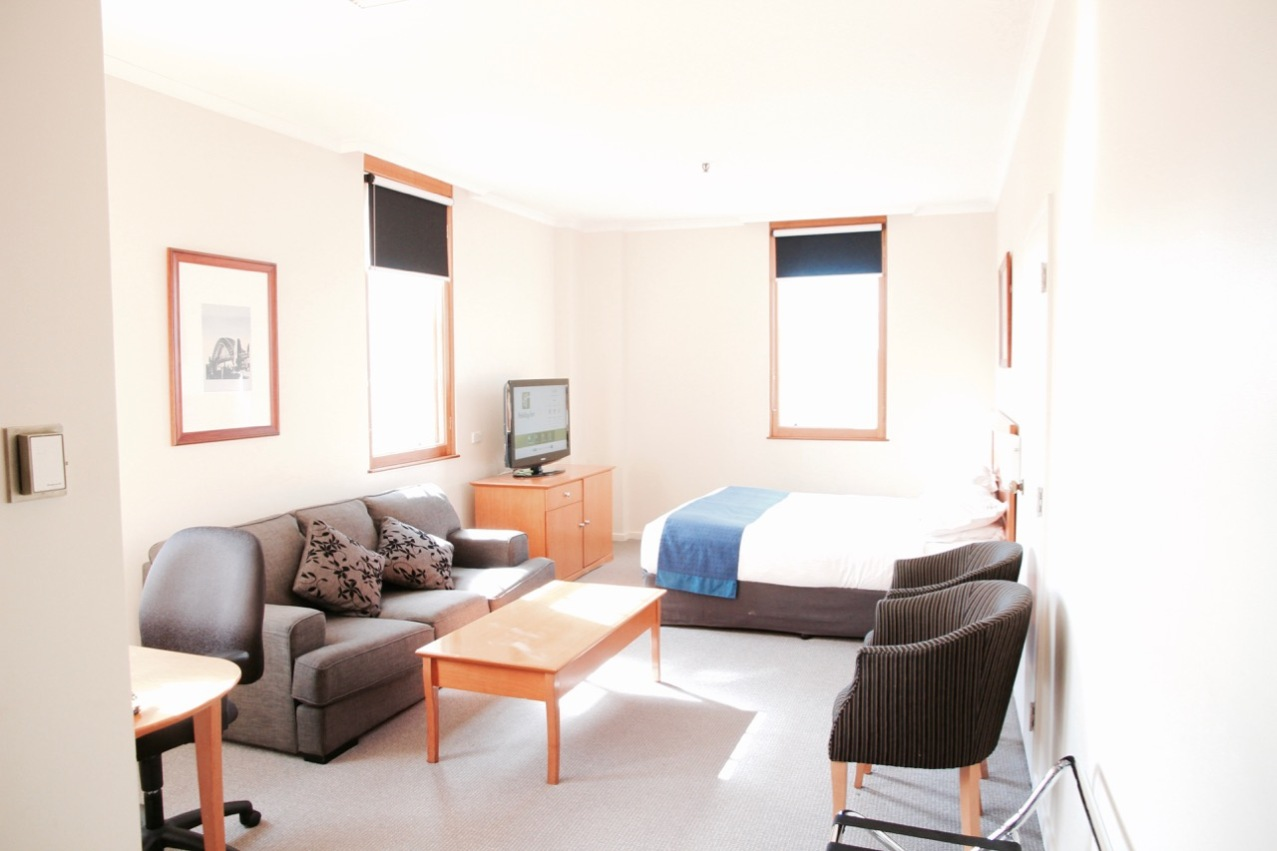 The hotel is in a perfect location, situated in The Rocks precinct and in easy walking distance to the Opera House, Sydney Harbour Bridge and all the shops in the heart of the Sydney's CBD. Also, you're a very short walk from the ferry terminal and train station, which means you can get anywhere in Sydney, without splashing cash on taxis. Importantly, there are plenty of great thing to see and do in the area. This place was absolutely fantastic and perfect for the budget-savvy traveller.