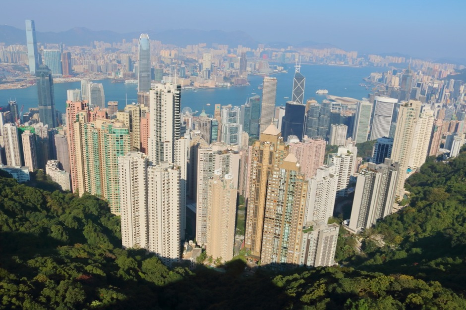 A guide to spending a luxury-filled 2-day stopover in Hong Kong