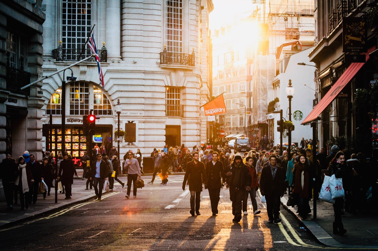 Essential tips for moving to London - 5
